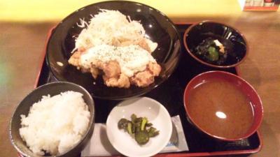 花唄チキン南蛮定食680円