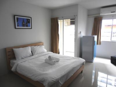 2011年8月タイ-スリランカ旅行タイ後半18日ホテルプラッソ部屋