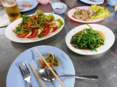 2011年8月タイ-スリランカ旅行タイ後半19日タイランドカルチュラルセンター駅裏のタイ料理