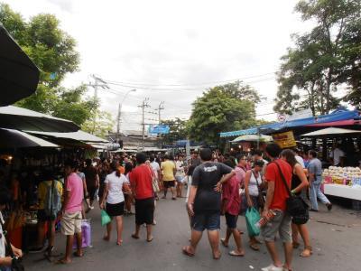 2011年8月タイ-スリランカ旅行タイ後半20日チャトゥチャックウイークエンドマーケット