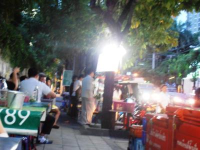 2011年8月タイ-スリランカ旅行タイ後半20日トンローソイ1屋台