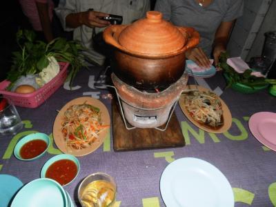 2011年8月タイ-スリランカ旅行タイ後半20日トンローソイ1屋台チムチュム鍋