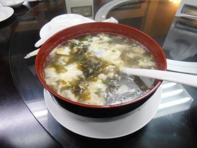 2011年8月タイ-スリランカ旅行タイ後半21日エカマイ大連飯店ワカメスープ