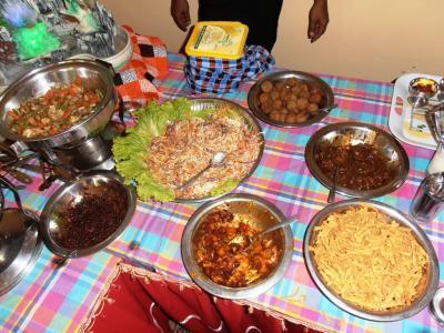 2011年8月タイ-スリランカ旅行スリランカ前半8日サドゥン結婚式カレー2