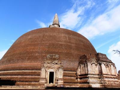 2011年8月タイ-スリランカ旅行スリランカ前半9日ポロンナルワランコトゥヴィーハラ