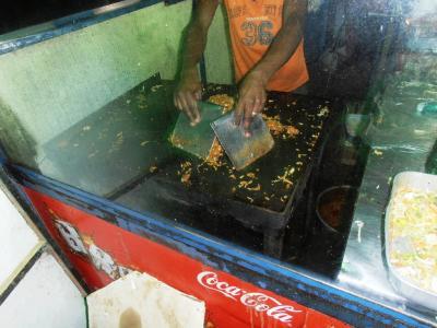 2011年8月タイ-スリランカ旅行スリランカ前半9日ダンブッラ沿道食堂コットゥロティー2