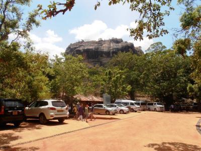 2011年8月タイ-スリランカ旅行スリランカ前半10日シーギリヤロック全貌