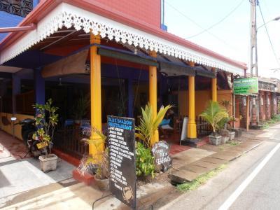 2011年8月タイ-スリランカ旅行スリランカ後半11日ヒッカドゥワ市街