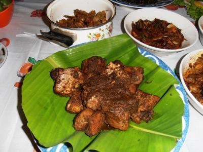2011年8月タイ-スリランカ旅行スリランカ後半13日クルネーガラシェフ家庭料理ドライフィッシュ