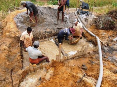 2011年8月タイ-スリランカ旅行スリランカ後半15日ラトゥナプラ宝石採掘場