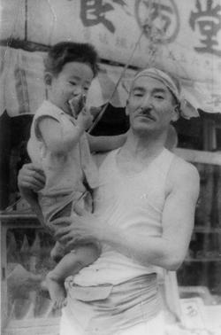 社長(左)