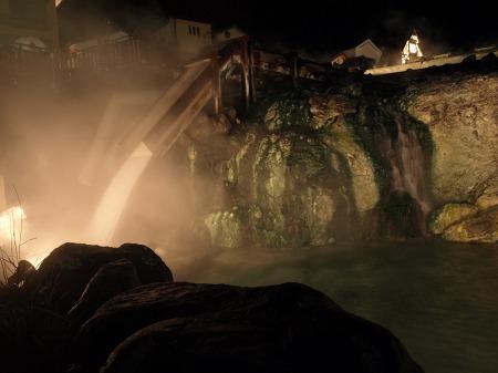 夜の草津温泉