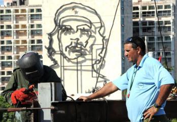preparativos-visita-papa-plaza-revolucion4.jpg
