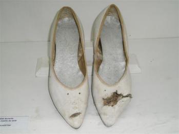 zapatos-de-nemesia.jpg