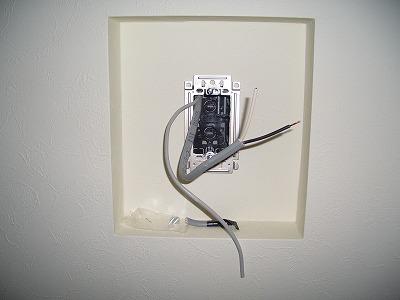 電気工事 インターホン取付前 室内