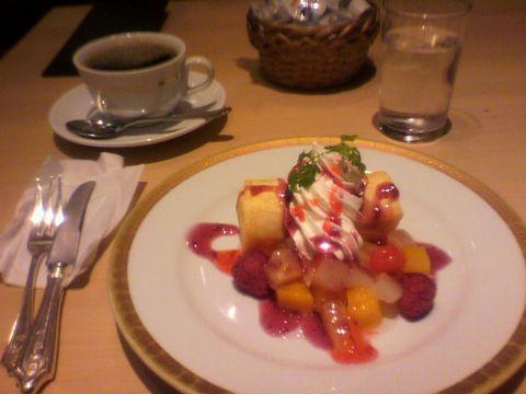美味しかった☆ たまに甘い物食べるとほっとするね^^