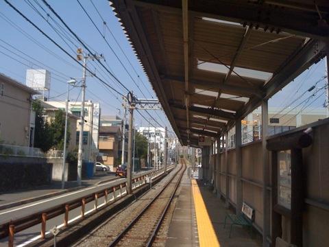江の電石上駅