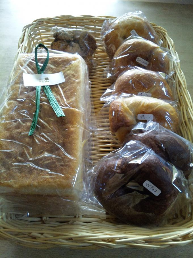 お土産パン