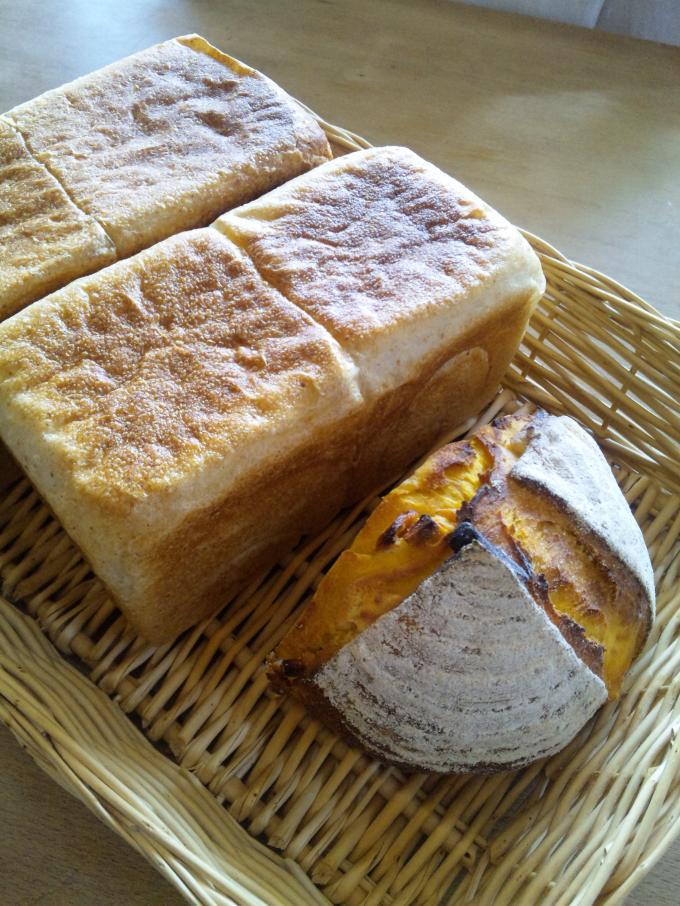 角食パンとマンゴークリチカンパ