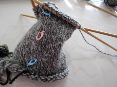 靴下編み始め