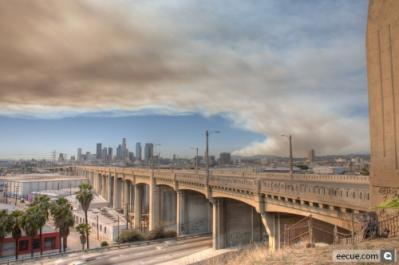images_pic-medium-28461-Downtown_LA_and_Fire.jpg