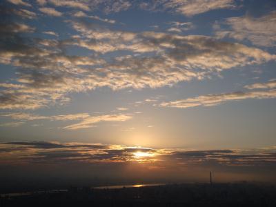 日の出と東京スカイツリー