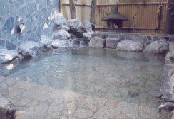 梅の湯の露天風呂