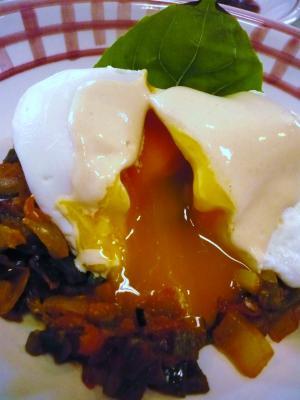 ラタトゥイユと卵