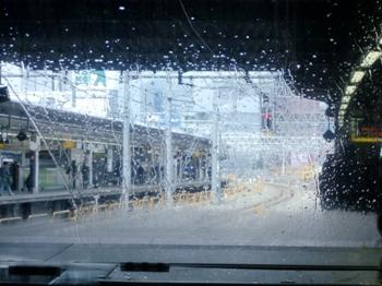 1雨の車窓