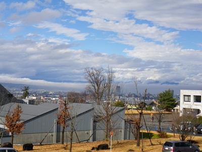 雲が広がって