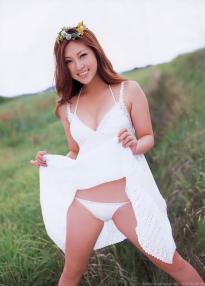 tatsumi_natsuko_g020.jpg