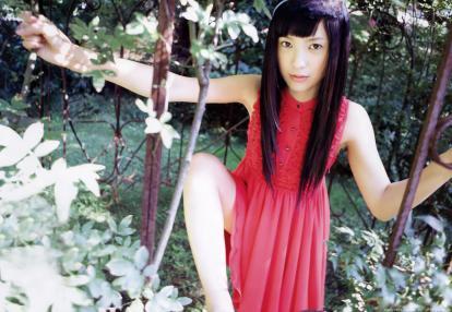 yoshitaka_yuriko_g014.jpg