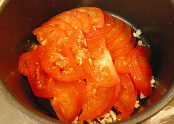 今、実家の畑ではトマトが鈴生り♪