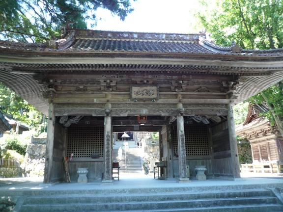 有形登録文化財に指定された仁王門