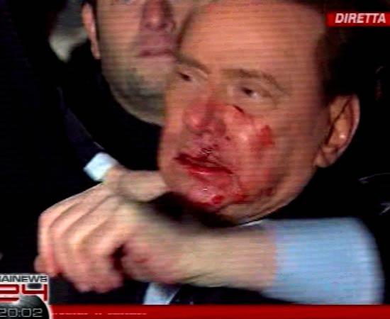 ベルルスコーニ首相が襲われたすぐ後