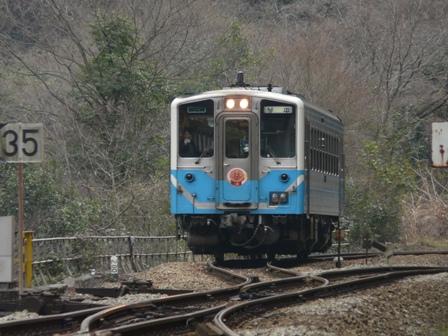 坪尻駅 キハ54