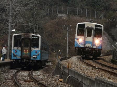 坪尻駅 キハ54&キハ32