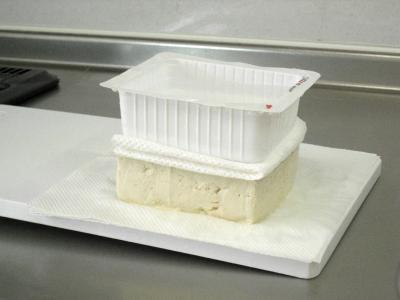 ②豆腐の水切り