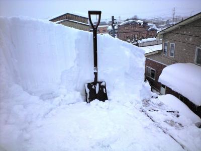 2012.2.4屋根積雪②