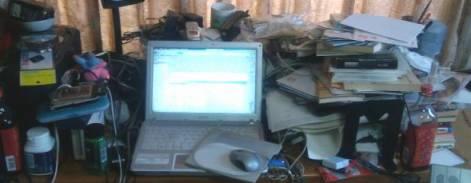 拙者の机なんです。