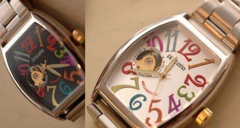 手巻き時計です!!
