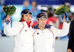 長島(左)と加藤
