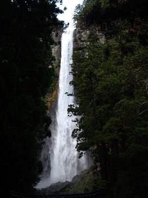 那智の滝滝見台から20091114