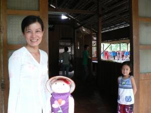 トンちゃんとベトナムの女の子