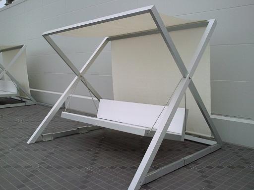 昼間のベンチ2