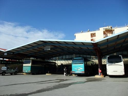 スパルタ_バスターミナル