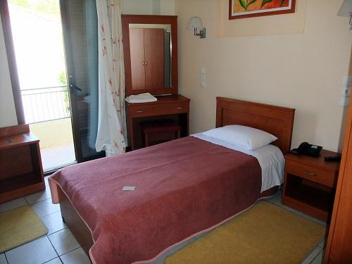 ホテル・クロニオ (4)