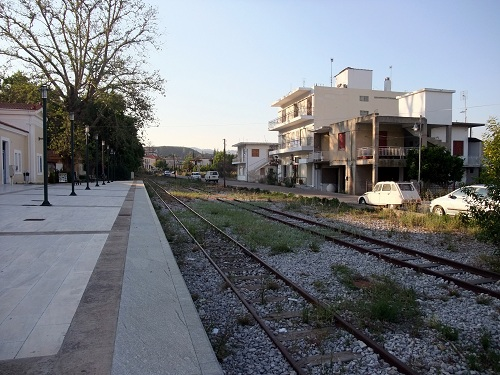 オリンピア駅