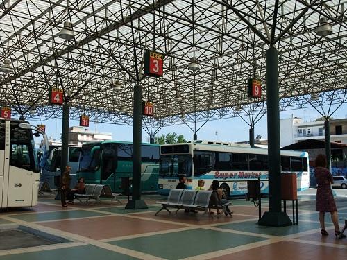 ピルゴスのターミナル