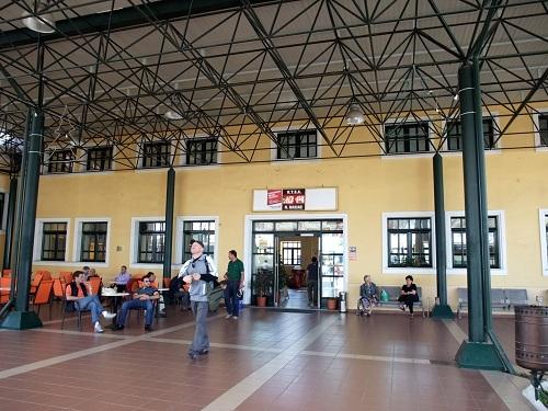 ピルゴスのターミナル (2)